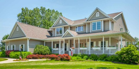 10 Tips to Help You Maintain Your Roof in the Summer