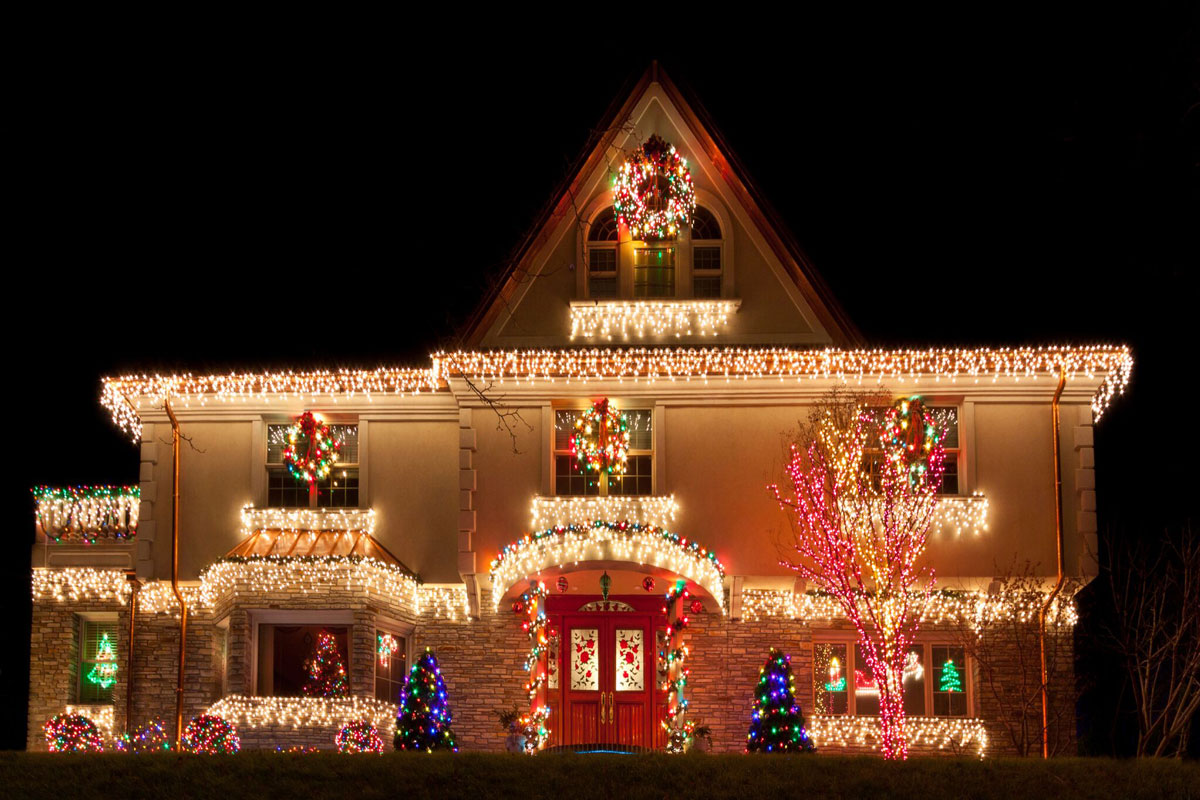 9 Tips For Rooftop Christmas Light Installation Roofing